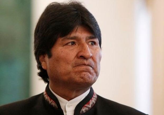 Repudio en Necochea al golpe de estado en Bolivia - Diario Cuatro Vientos