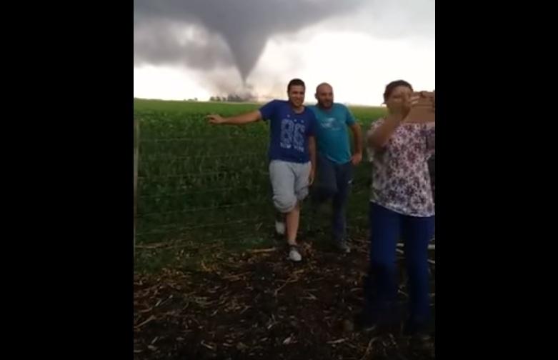 Increíble tornado en Necochea