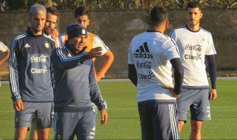 Suárez recibe alta médica; sería titular ante Argentina