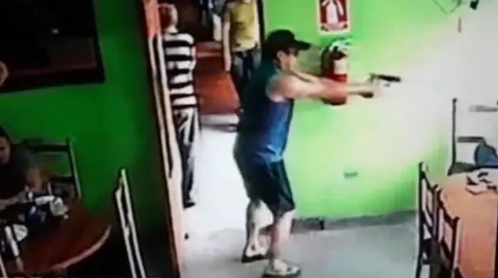 Escalofriante: Sicario quitó a una niña para asesinar a su víctima