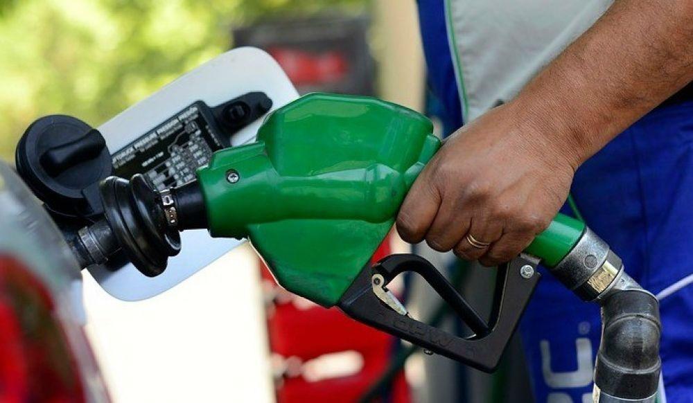 Desde este domingo, YPF implementa un nuevo aumento en los combustibles