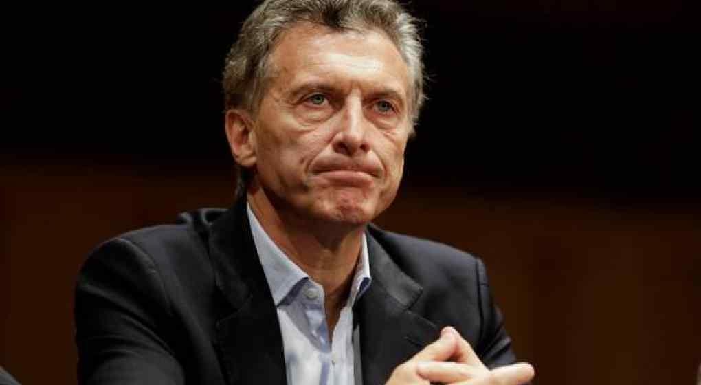 Para la revista Forbes, Argentina está a un paso del colapso económico