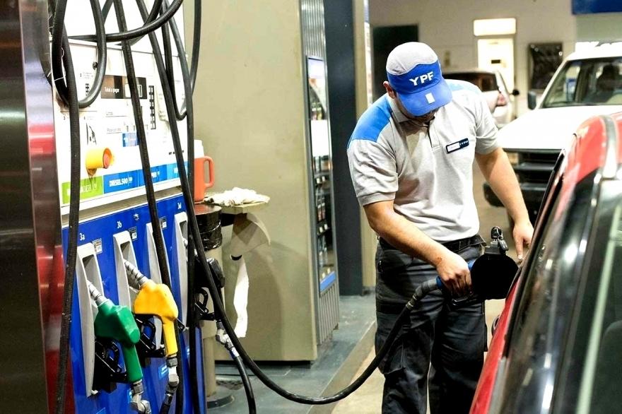 Marcha atrás con el congelamiento de las naftas, aumentan mañana