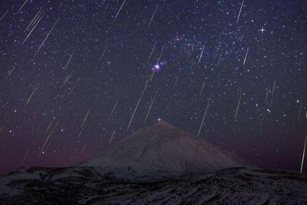 Lluvia de estrellas en la medianoche del 12-11