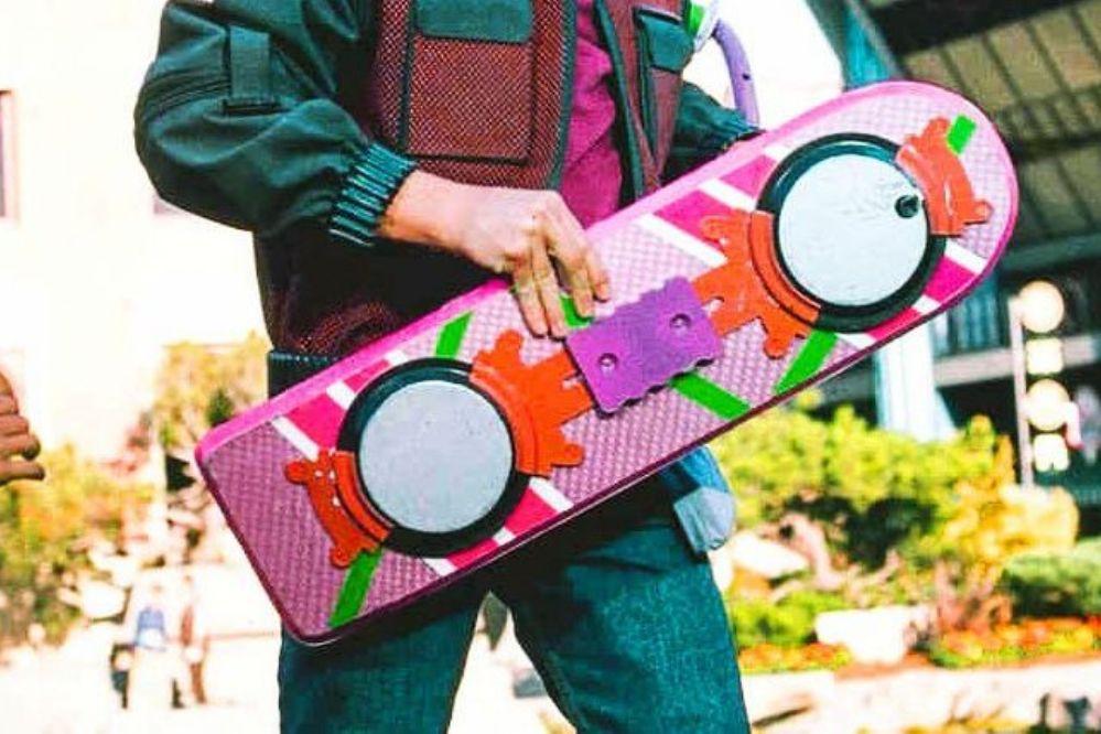 Ya podés comprarte el skate volador de Marty McFly