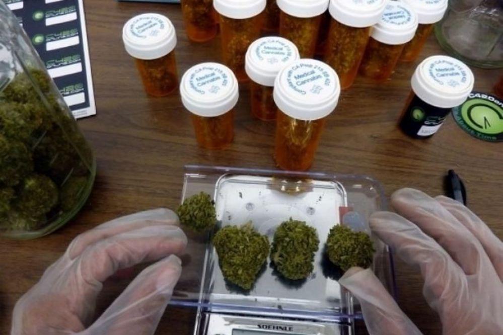 Justicia autoriza a una obra social a darle cannabis a un bebé