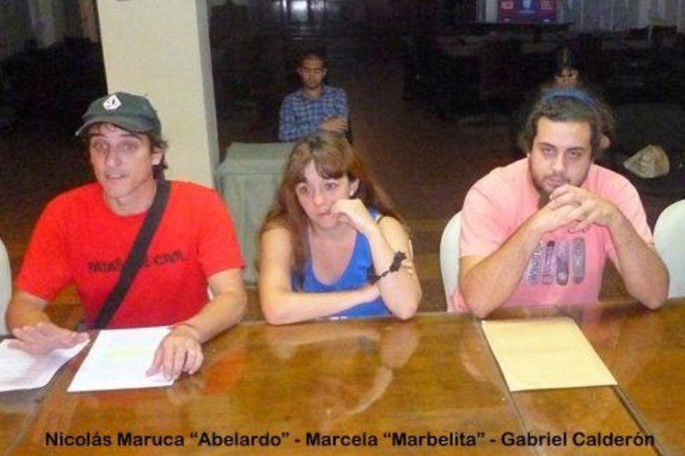 Quieren rotar los shows en la plaza de la Villa... y Abelardo puso el grito en el cielo