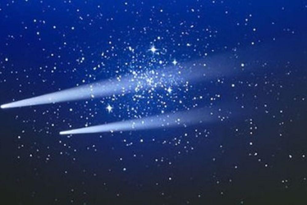 Dos cometas a la vez surcarán el cielo este martes 22-03