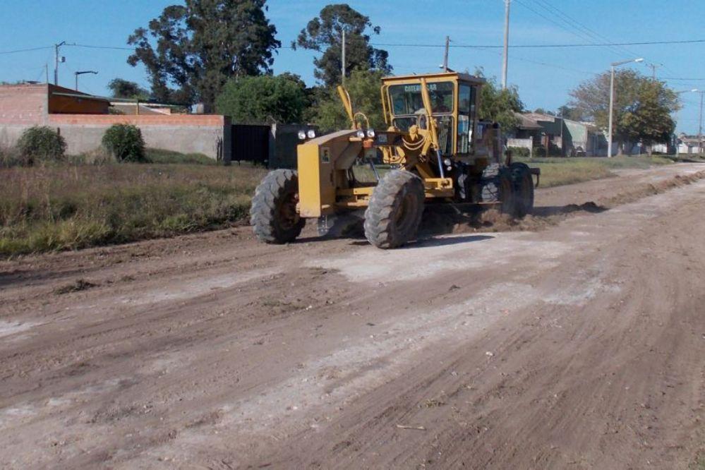 El Ente Vial y la Muni comienzan un plan para arreglar avenidas de tierra