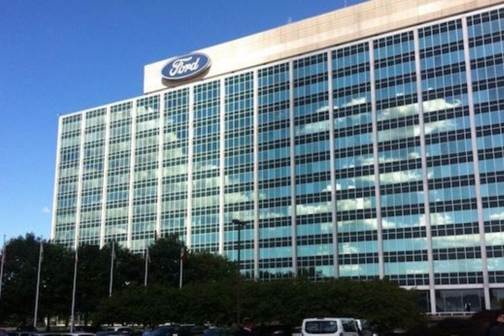 Por presión de Trump, Ford cancela fuerte inversión en México
