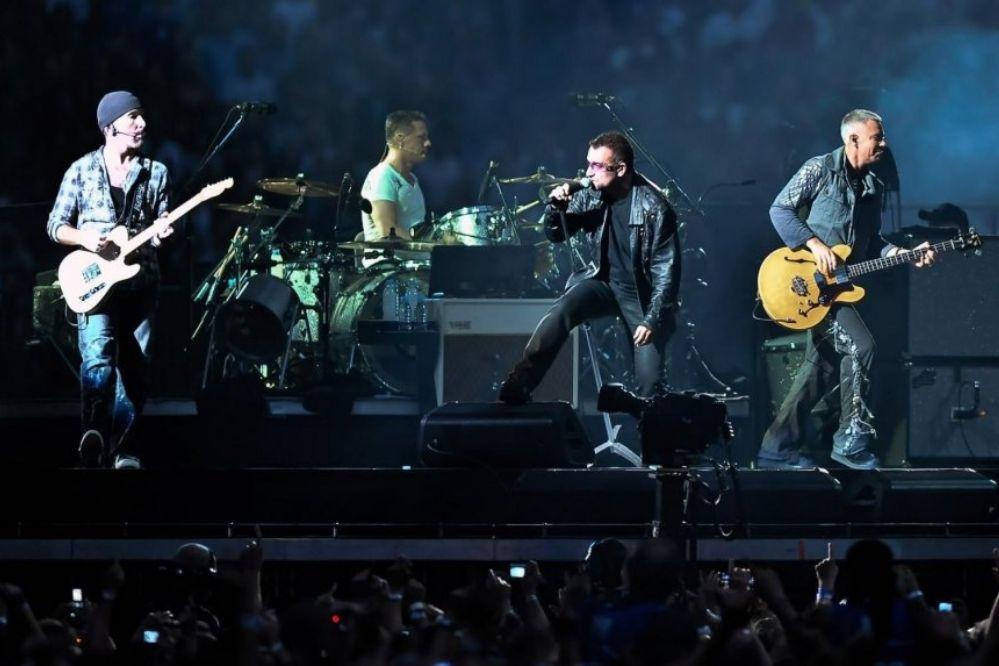 U2 pagará refugios para 2.000 familias afectadas por sismos en México
