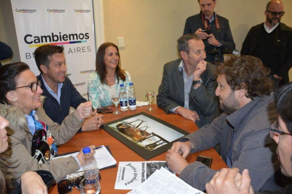 Michetti se reunió con la UDUV y mostró su apoyo a la construcción del puente Ezcurra