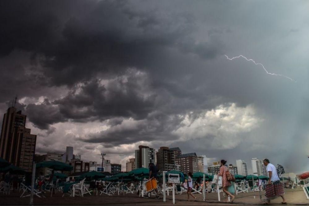 ¿Se corta la playa?: Alerta meteorológica por la tarde