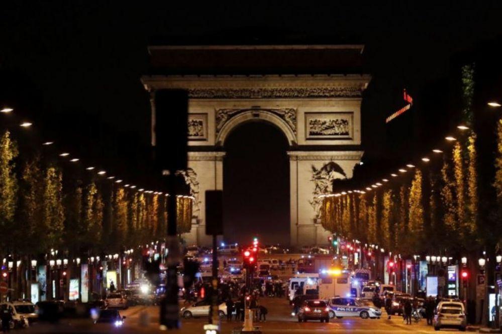 París: A tres días de las elecciones, dos policías mueren en un tiroteo