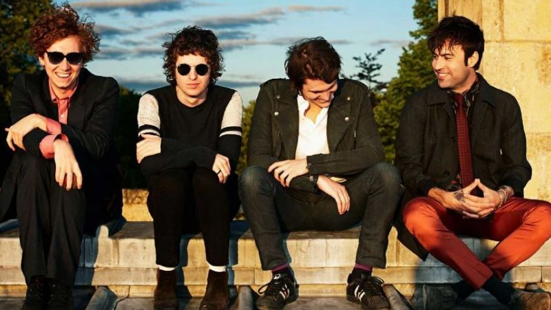 "The Kooks estrenó la canción ""Be Who You Are"""