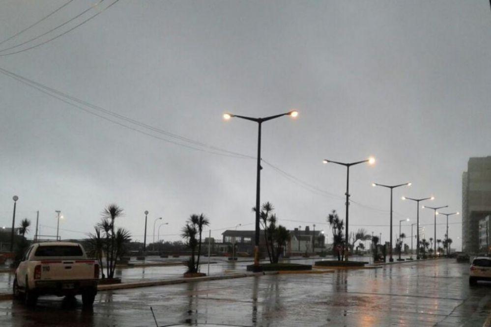 """Se mantiene el alerta meteorológico por """"vientos intensos"""" para Necochea"""