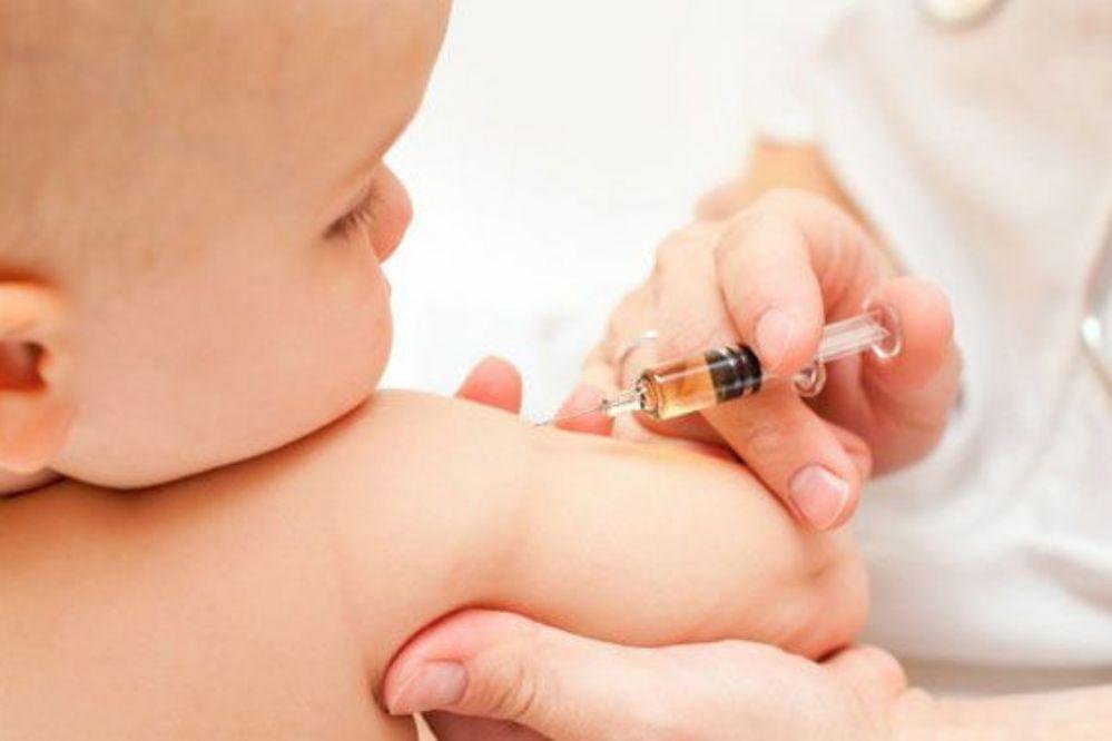 Campaña de vacunación BCG en centros de salud de Necochea