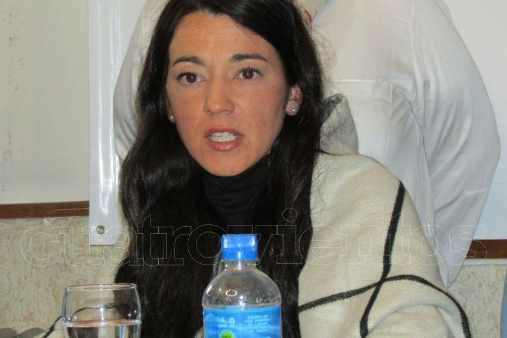 """Andrea Cáceres en el lanzamiento de la lista 4: """"La política hay que hacerla con la gente"""""""