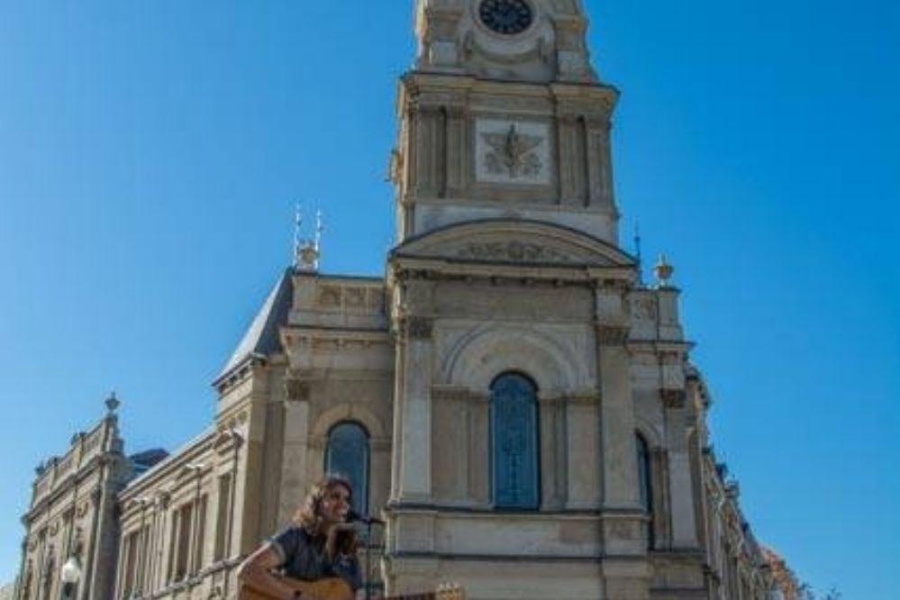 Jere Sosa, un músico necochense reconocido en Australia