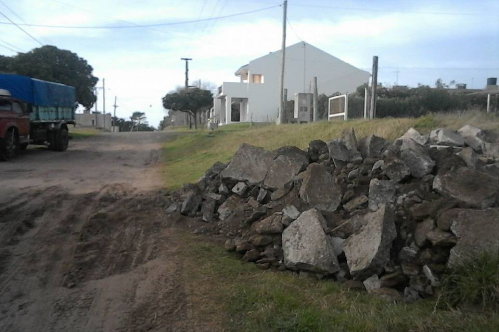 #EnLasRedes: Vecino de Quequén amenazó con llenar de escombros la Municipalidad