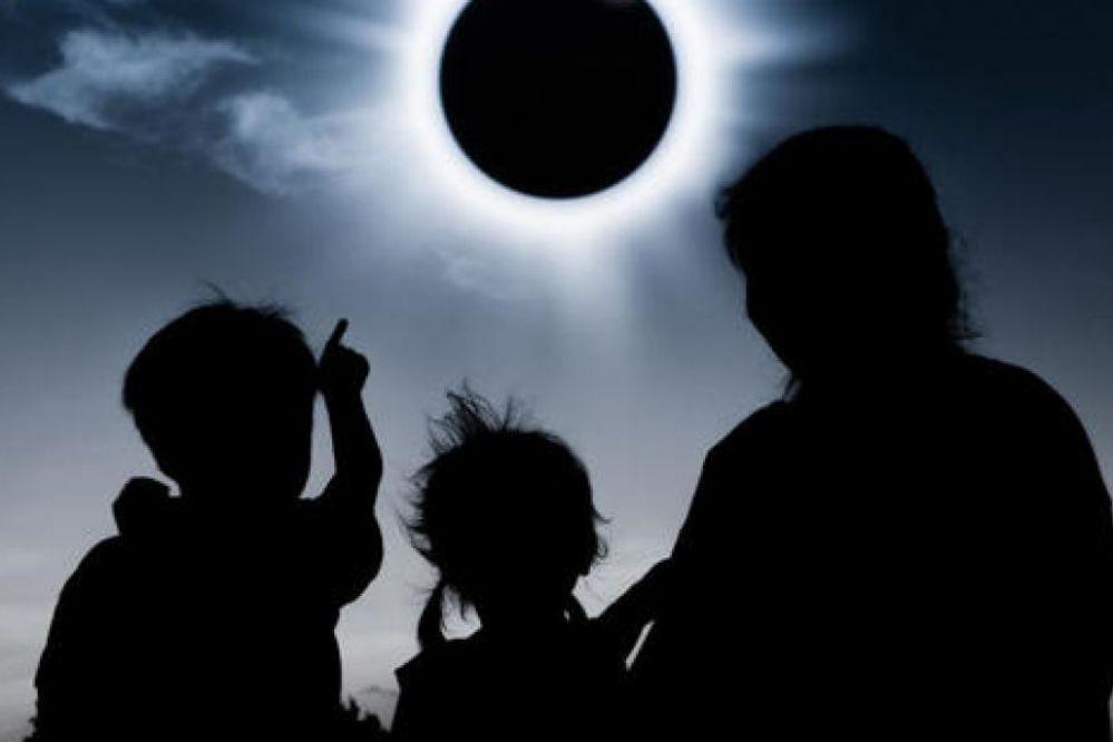 Una supertormenta solar golpearà la Tierra este viernes