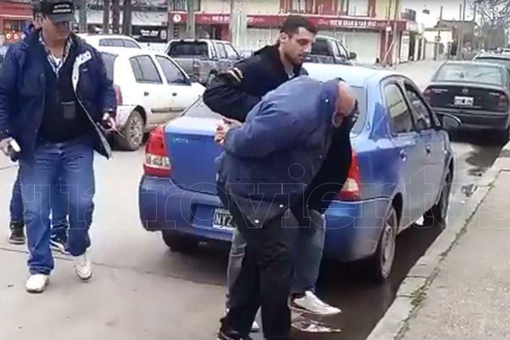 Video: Así trasladaban al periodista violador a la DDI