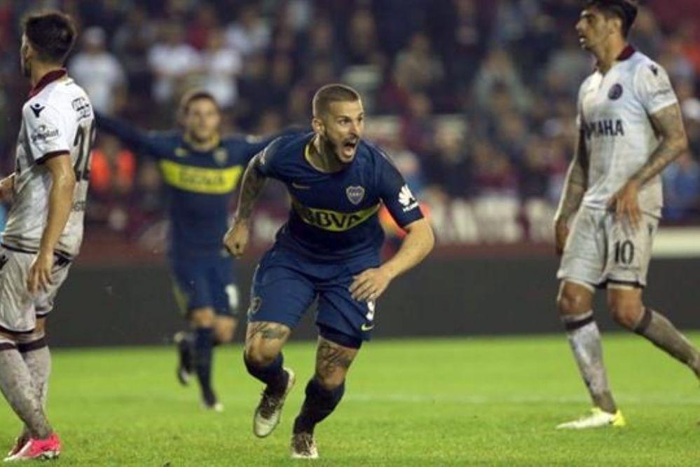 Video: A Boca le costó, pero le ganó a Lanús y es puntero