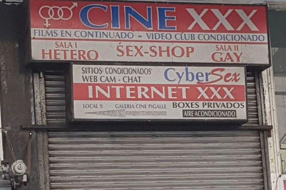Mar del Plata: Un hombre murió mientras se masturbaba dentro de un cine porno