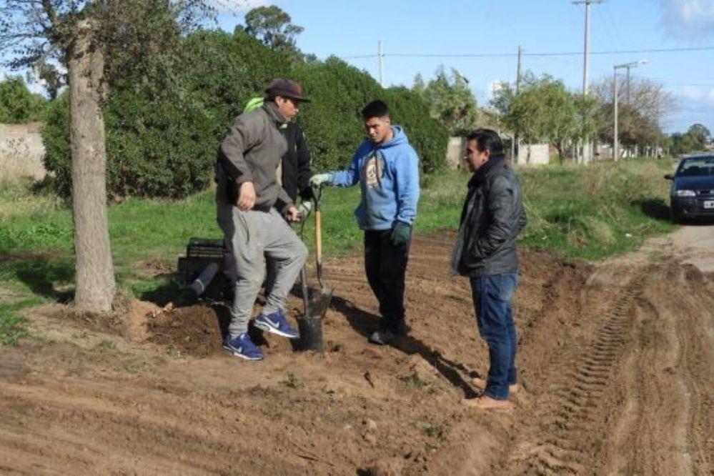 Breves municipales: Entoscado, cloacas en Quequén y Frescura Natural